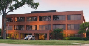 Commercial Real Estate for Lease in Naperville